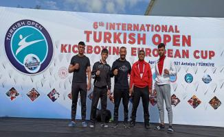 Kick Boks'tan 2 madalya